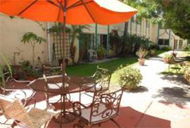 Acacia Villas - Fullerton, CA - Courtyard
