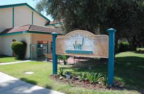 Acacia Villas - Fullerton, CA - Sign