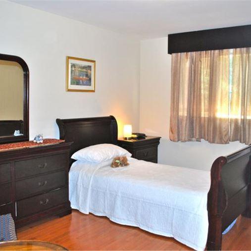 AlfredHouse IV - Rockville, MD - Bedroom