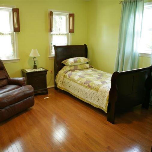 AlfredHouse III - Rockville, MD - Bedroom