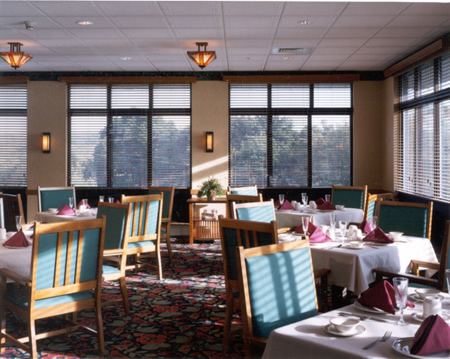 Belle Reve Senior Living Center Residential Care & Memory Care Community - Milford, PA - Dining Room