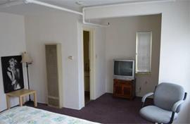 Bentley Suites - Santa Monica, CA - Apartment