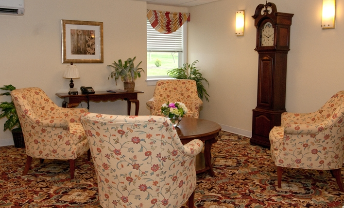 Blenheim-Newport - Middletown, RI - Common Area