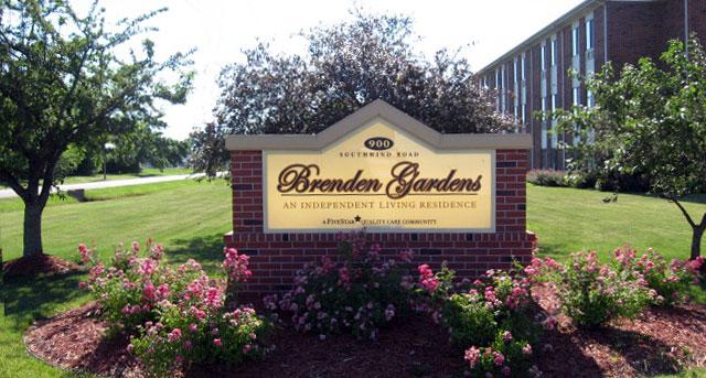 Brenden Gardens - Springfield, IL - Entrance
