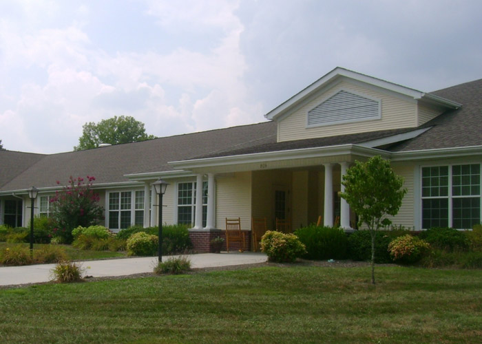 Broadmore Senior Living at Bristol - Bristol, TN - Exterior