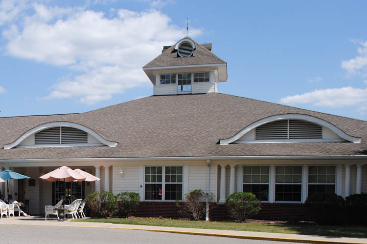 Broadmore Senior Living at Murfeesboro - Murfeesboro, TN - Exterior