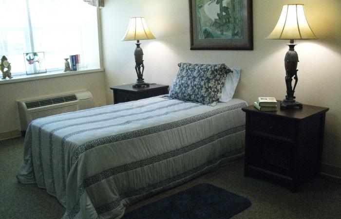 Broadview Assisted Living - Pensacola, FL - Bedroom