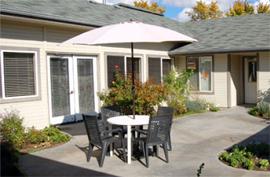 Brookdale Castle Hills - Boise, ID - Courtyard
