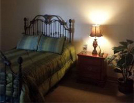 Cambridge Court - Fullerton, CA - Apartment Bedroom