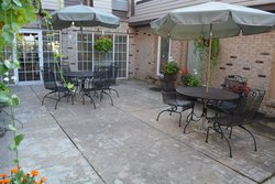 Cardinal Nursing & Rehabilitation - South Bend, IN - Patio