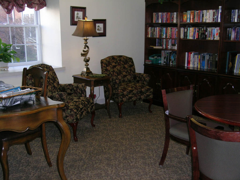 Carriage Court of Hilliard, OH - Library