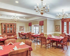 Carriage Court of Lancaster, OH - Dining Room