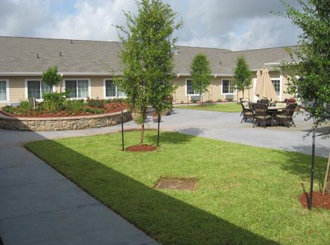 Cinco Ranch Alzheimer's Special Care Center - Katy, TX - Courtyard