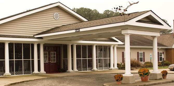 Commonwealth Assisted Living at Hampton, VA - Exterior