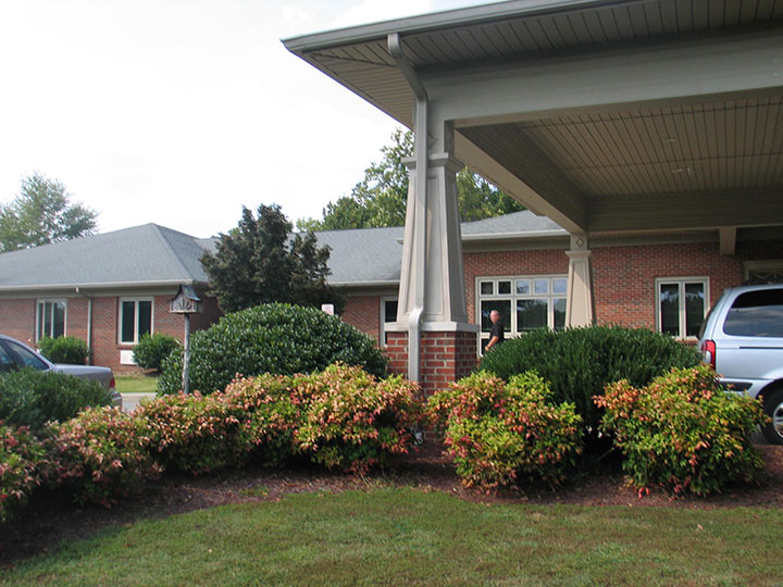 Commonwealth Assisted Living at South Boston, VA - Exterior