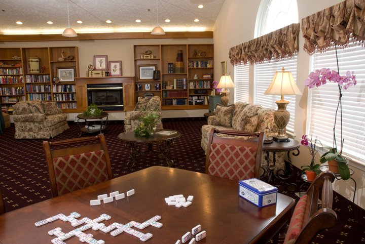 Commonwealth Assisted Living at Christiansburg, VA - Activity Room
