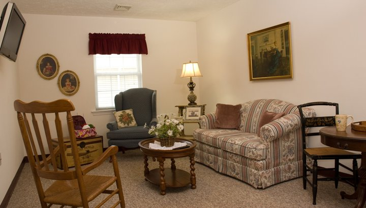 Commonwealth Assisted Living at Christiansburg, VA - Apartment Bedroom