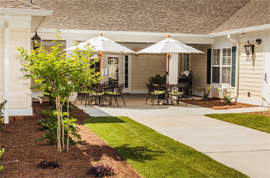 Country Place Senior Living of Brewton, AL - Courtyard