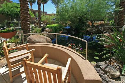 Courtyard Towers - Mesa, AZ - Courtyard