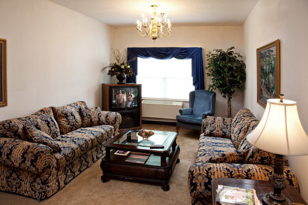 Cumberland Village Assisted Living - Fayetteville, NC - Living Room