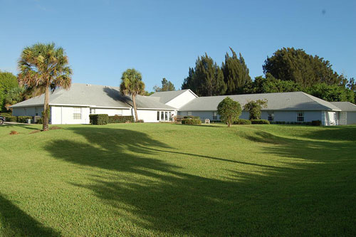Dixie Oak Manor, LLC - Vero Beach, FL