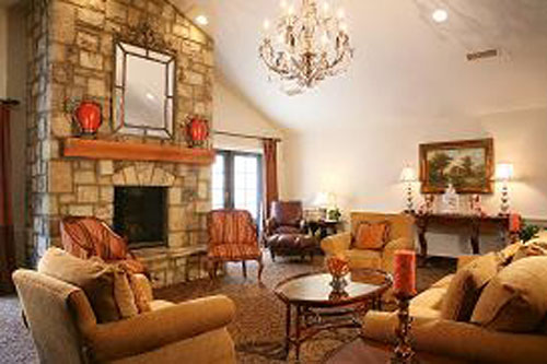 Dogwood Forest of Alpharetta, GA - Fireplace Lounge