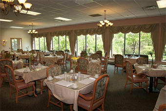 Eastgate Retirement Village - Cincinnati, OH - Dining Room