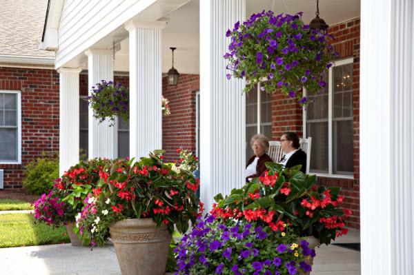 Edenton Primetime Retirement Center, NC - Front Porch