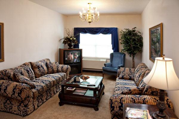 Edenton Primetime Retirement Center, NC - Apartment Living Room