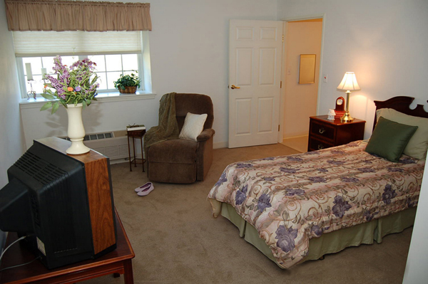 Elmcroft of Altoona - Duncansville, PA - Apartment