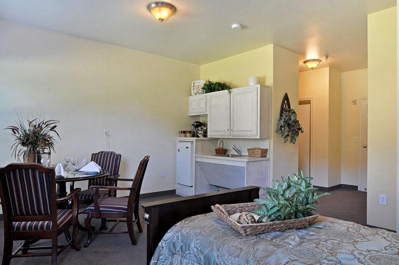 Elmcroft of Arlington, TX - Apartment