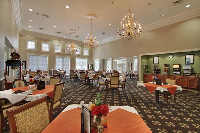Elmcroft of Byrd Springs - Huntsville, AL - Dining Room