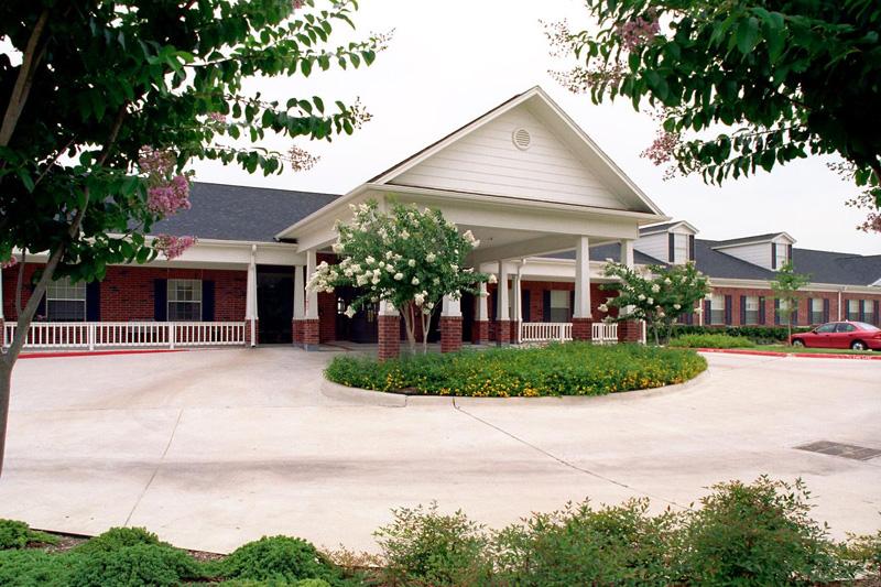 Elmcroft of Cy-Fair - Houston, TX - Exterior