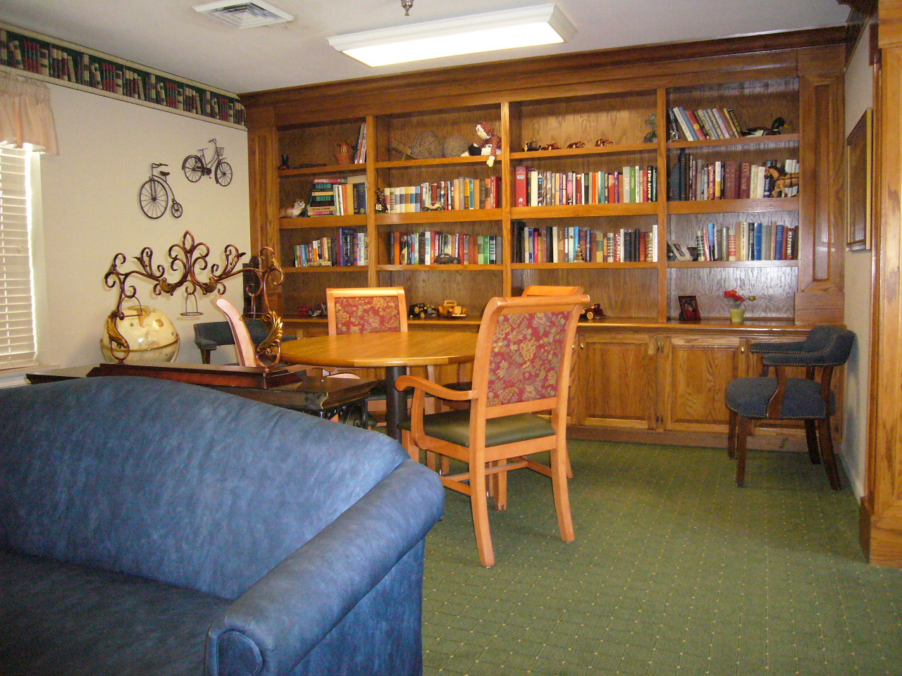 Elmcroft of Florence, SC - Library