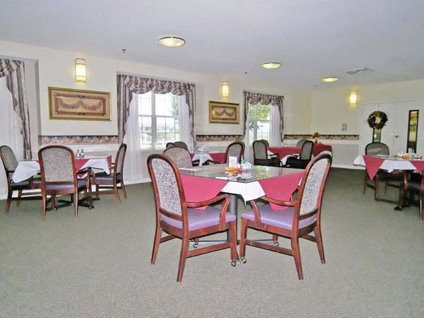 Elmcroft of Kingsport, TN - Dining Room