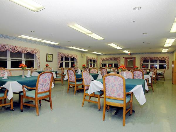 Elmcroft of Lewisburg, PA - Dining Room