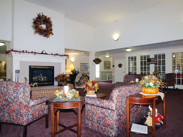 Elmcroft of Loyalstock - Montoursville, PA - Fireplace Lounge