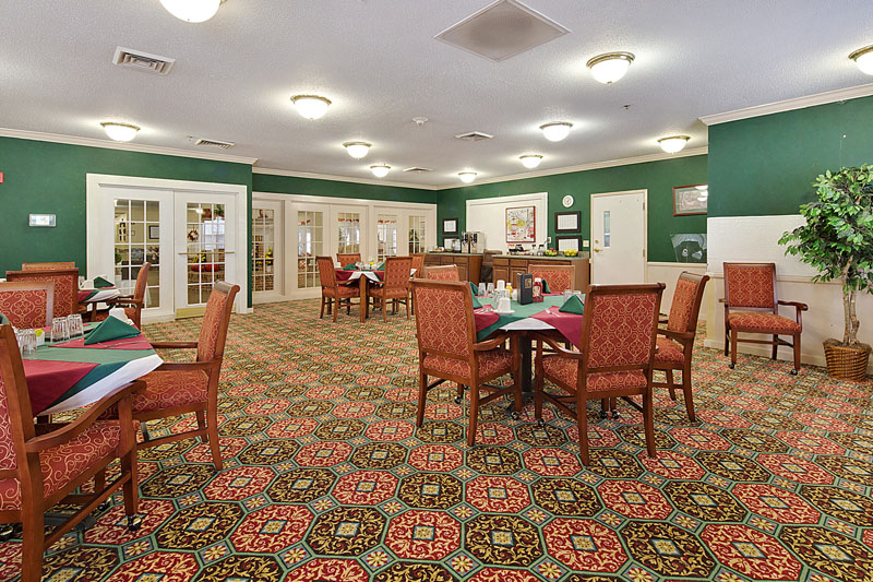 Elmcroft of Martinsburg, WV - Dining Room