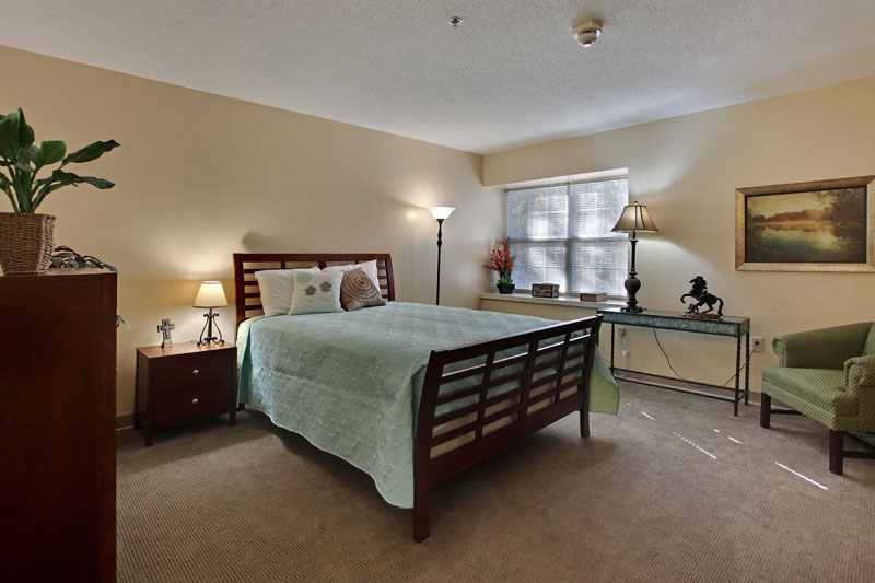 Elmcroft of Maumelle, AR - Bedroom Apartment
