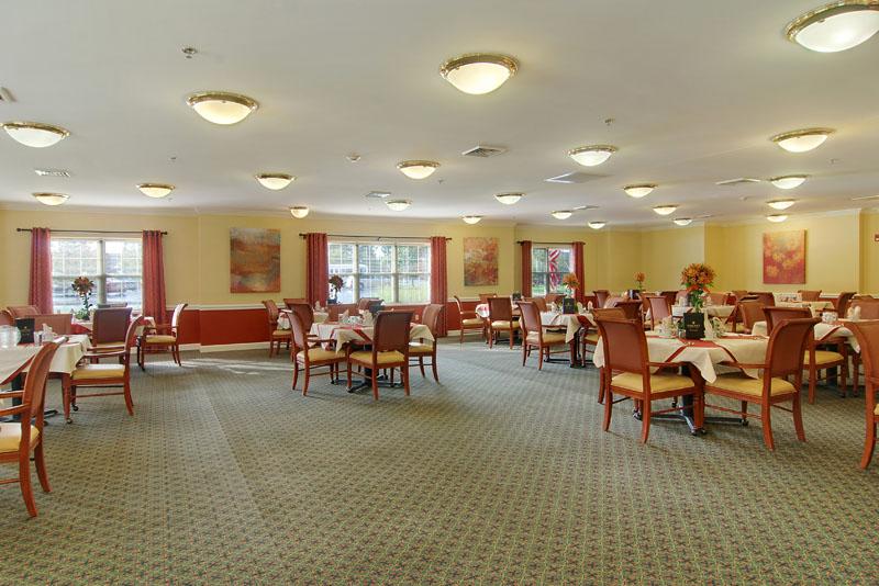 Elmcroft of Medina, OH - Dining Room