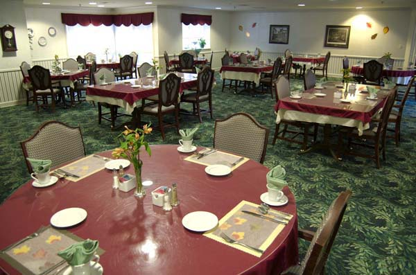 Elmcroft of State College, PA - Dining Room