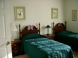Emerald Gardens, Inc - Clearwater, FL - Bedroom