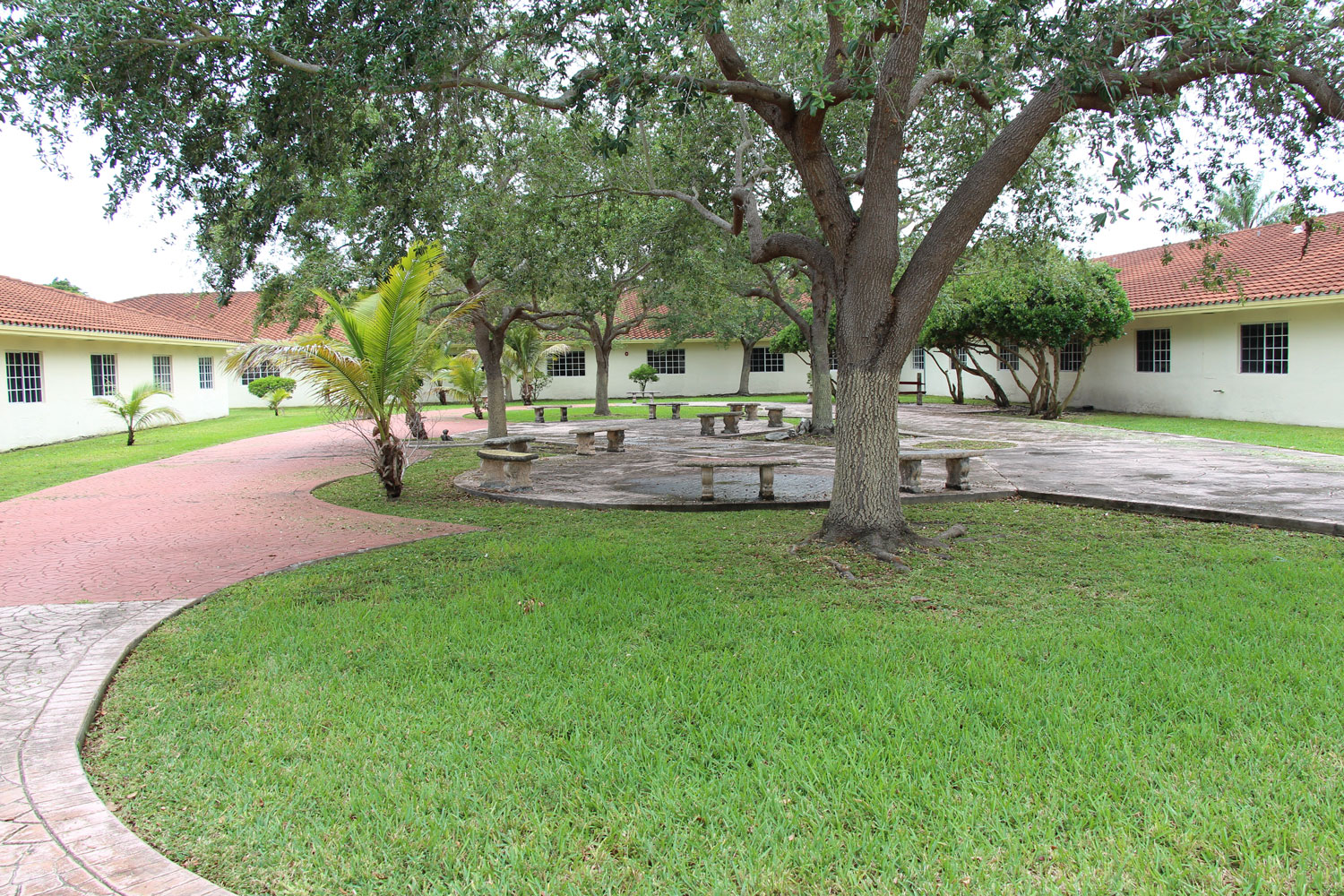 Floridian Gardens Assisted Living - Miami, FL