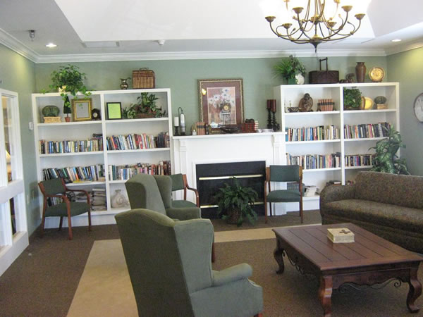 Forest Ridge Assisted Living - West Jefferson, NC - Library
