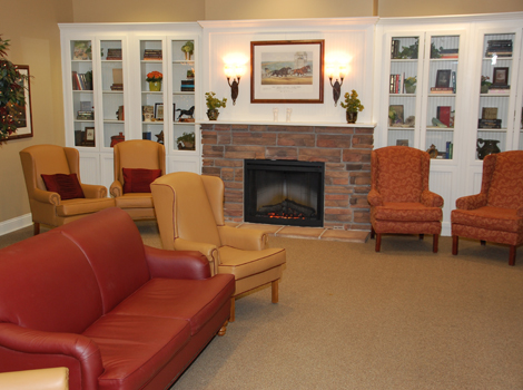 Glen Oaks Alzheimer's Special Care Center - Urbandale, IA - Fireplace Lounge