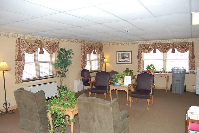 Golden LivingCenter-Stroud - East Stroudsburg, PA - Lounge