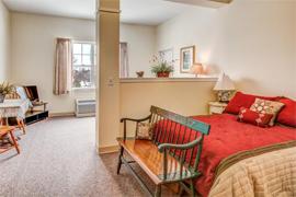 Grand Victorian of Rockford - Rockford, IL - Apartment