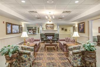 Grand Victorian of Rockford - Rockford, IL - Lounge
