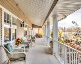 Grand Victorian of Sycamore, IL - Front Porch