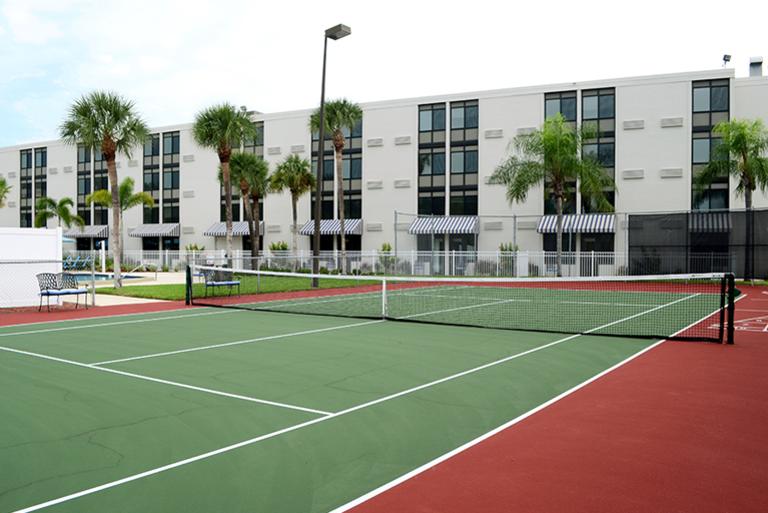 Grand Villa of St. Petersburg - St. Petersburg, FL - Tennis Court